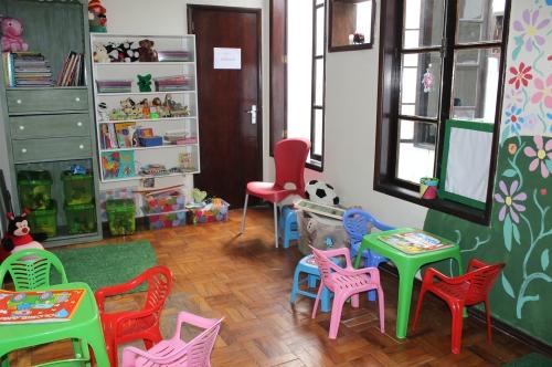 Brinquedoteca recebe crianças que acompanham irmãos mais velhos ou pais